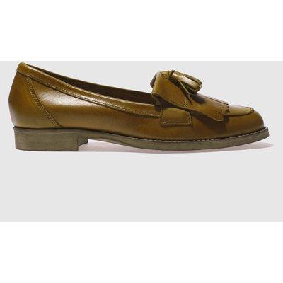 Schuh Tan Compass Flat Shoes
