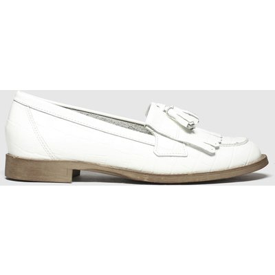 Schuh White Compass Flat Shoes