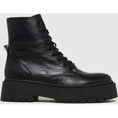Steve Madden Black Skylar Boots
