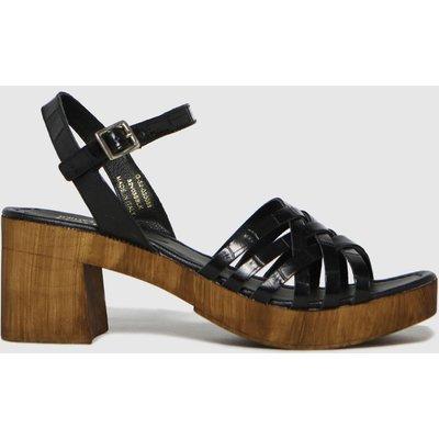 Schuh Black Vienna Croc Leather Wood Sandals