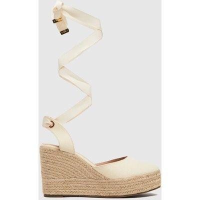 Schuh Natural Tie Closed Toe Espadrille Sandals