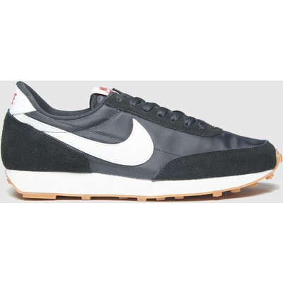 Nike Black & White Daybreak Trainers