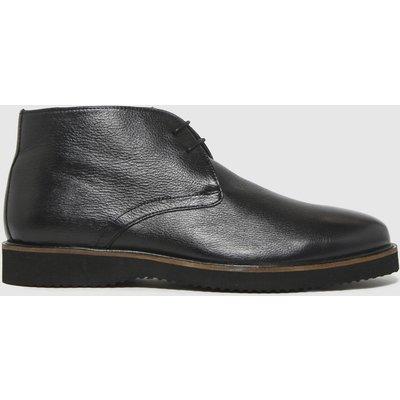 Schuh Black Griffin Chukka Boots
