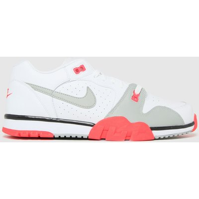 Nike White Cross Trainer Low Trainers