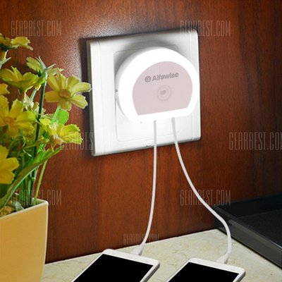 Alfawise HTV - 777 5V 1A 2 USB Ports Charger with Night Light
