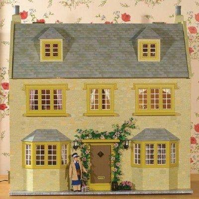 April Cottage 1:12 Scale Dolls House Kit - 1049