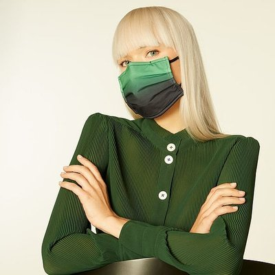 Ombré Green Graduated Face Mask, Green