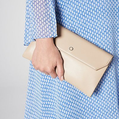 Dora Nude Leather Clutch Bag, Trench
