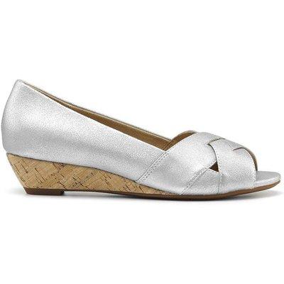 Evie Wedges - Platinum - Standard Fit