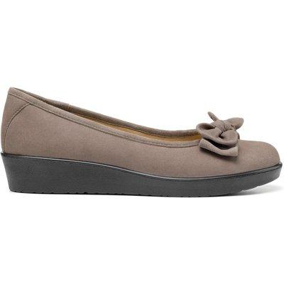 Jade Shoes - Black - Standard Fit