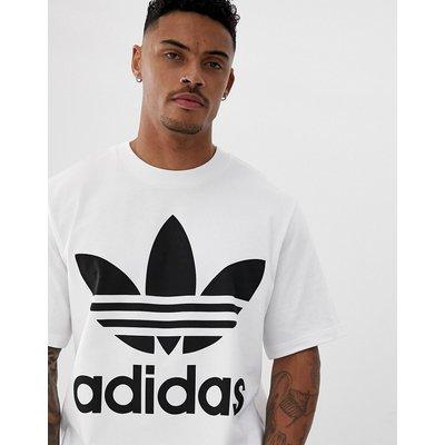 adidas Originals – Übergroßes T-Shirt mit Dreiblatt in Weiß