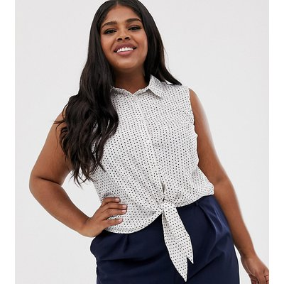 Brave Soul Plus – Karen – Ärmelloses Hemd mit Schnürung vorn und Herzchenmuster-Weiß