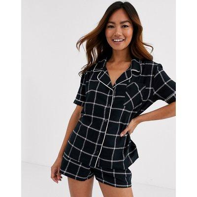 Brave Soul – Pyjamaset in Monochrom kariert mit Hemd und Shorts-Schwarz