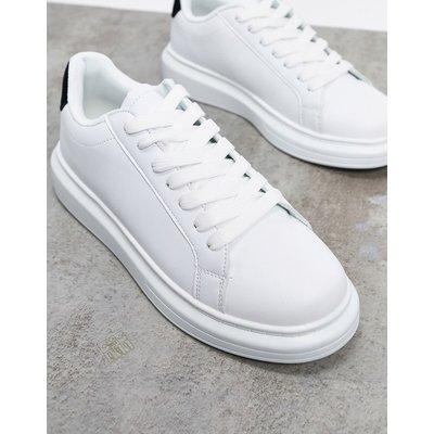 Brave Soul – Weiße Sneaker mit breiter Sohle und kontrastierendem Schwarz