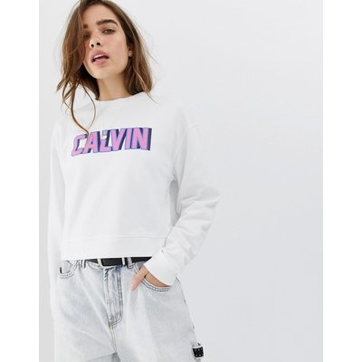 Calvin Klein – Sweatshirt mit Retro-Logo in kurzem Schnitt-Weiß