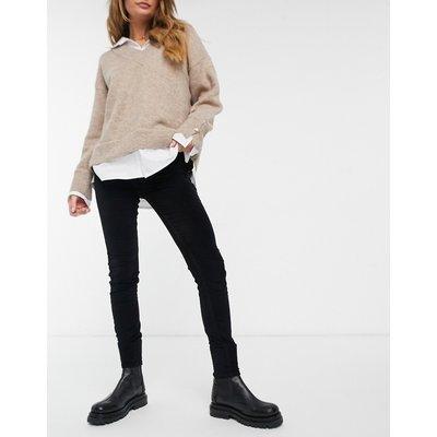 French Connection – Eng geschnittene Jeans in Samt-Optik in Schwarz