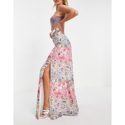 Hope & Ivy maxi skirt co-ord with contrast lace and thigh split in floral-Multi