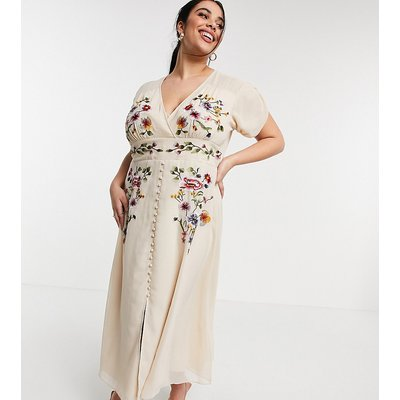 Hope & Ivy Plus plunge floral embroidered midi tea dress in ivory-White