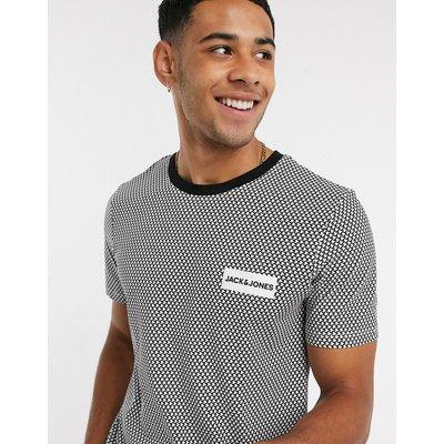 Jack & Jones – Schwarz gemustertes T-Shirt mit kleinem Logoprint