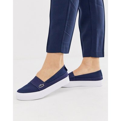 Lacoste – Stoff-Sneaker in Marine-Navy