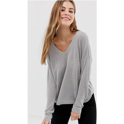 ONLY Only – Pisa – Pullover mit V-Ausschnitt-Grau