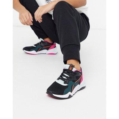 Puma – Nova – Schwarze Sneaker aus Netzstoff