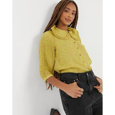 Vero Moda – Bluse mit Kragendetail in Gelb-Braun   VERO MODA SALE