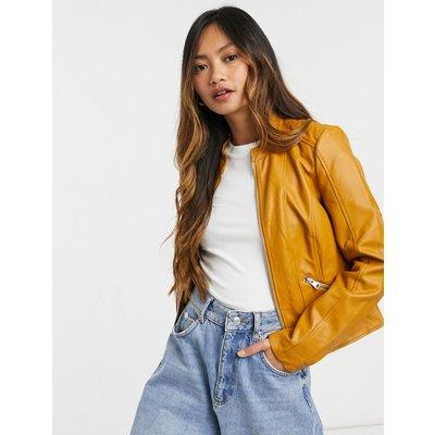 Vero Moda – Figurbetonte Jacke aus braunem Kunstleder | VERO MODA SALE