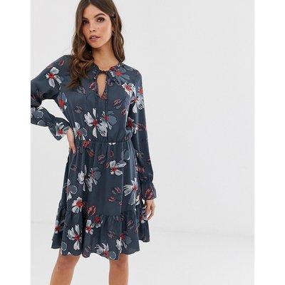 Vero Moda – Hängerkleid mit Blumenmuster-Mehrfarbig
