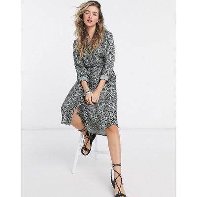 Vero Moda – Hemdkleid mit Taillenschnürung in Grün