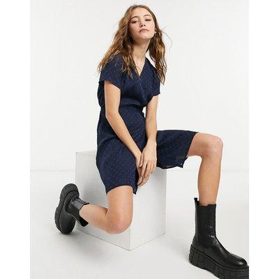 Vero Moda – Satin-Wickelkleid in Marineblau | VERO MODA SALE