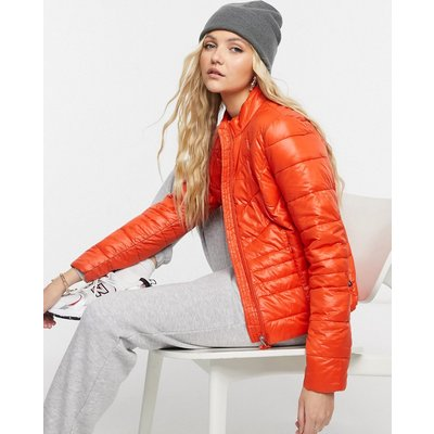 Vero Moda – Wattierte Jacke in Rot-Rosa