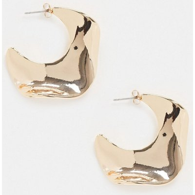 Vero Moda – Wellenförmige, goldene Creolen