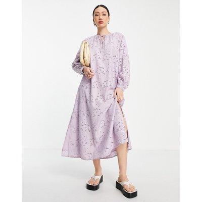 Y.A.S cutwork kaftan dress in lilac-Purple