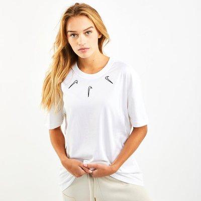 Nike Boy Mini Swoosh Tee - T-Shirts | NIKE SALE