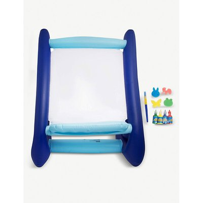 Inflatable easel and paint set