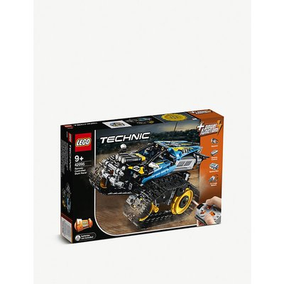 Technic Remote-Controlled Stunt Racer set