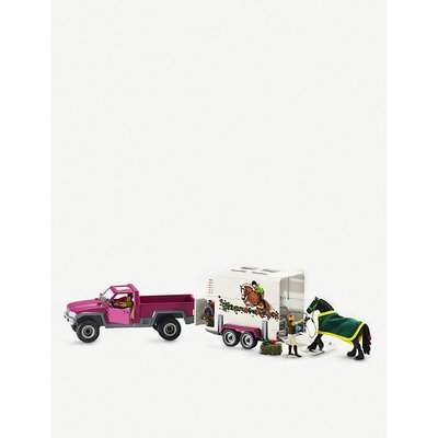 Pick up with horse box play set