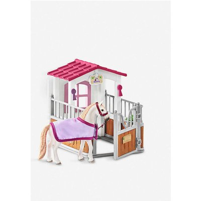 Horse Stall with Lusitano Mare figure set