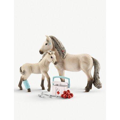 Horse Club Hannah's First Aid kit toy