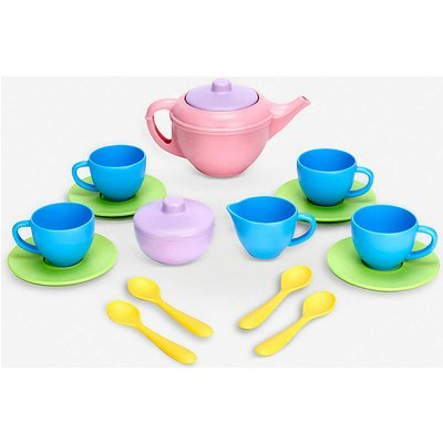 Recycled-plastic tea set