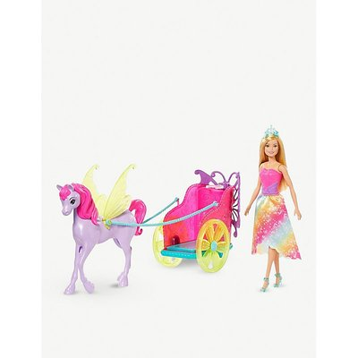 Dreamtopia Barbie, horse and carriage set