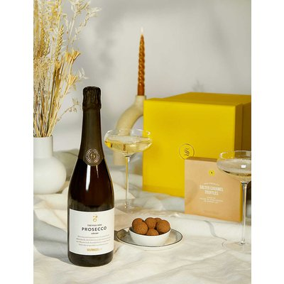 Prosecco and salted caramels gift box