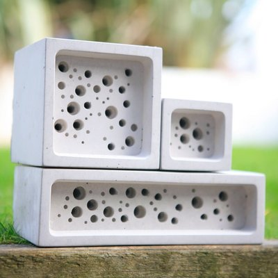 Bee brick brick