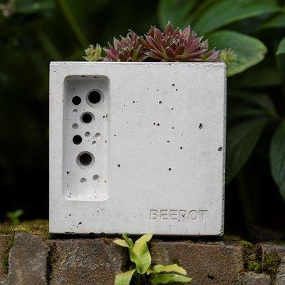Beepot bee hotel mini