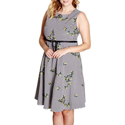 Yumi Curves Embroidered Floral Dress, Black