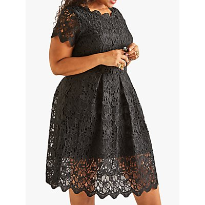 Yumi Curves Lace Dress, Black