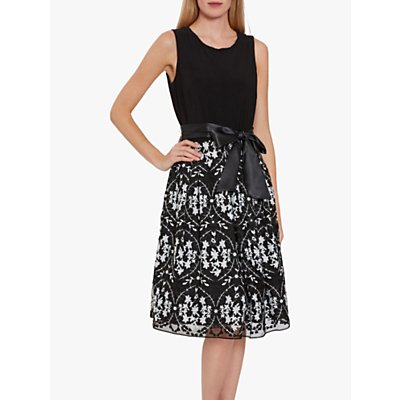 Gina Bacconi Karcey Jersey Embroidered Dress, Black/White