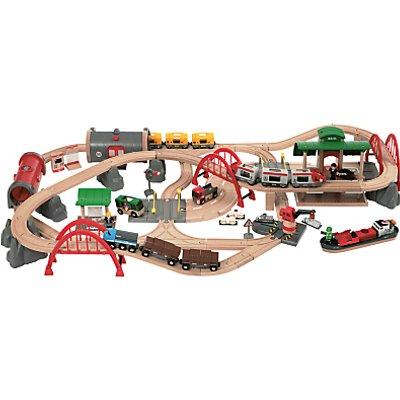 Brio World Deluxe Railway Set