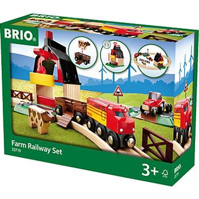 Brio World Farm Railway Set